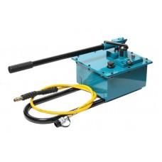 Hydraulic hand pump in a reinforced housing (20-700bar, oil volume-7.5L, length-740mm, width-310mm,