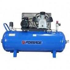 Triple piston belt driven air compressor 200L